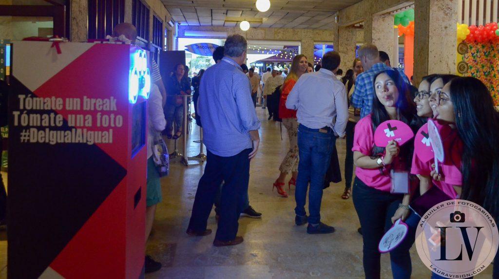 Alquiler de cabinas de fotos para congresos en Cartagena.